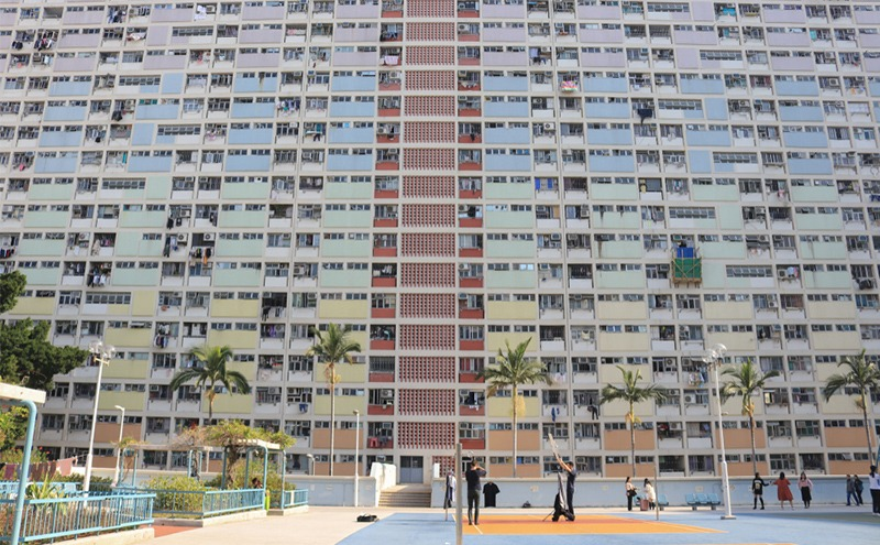 Public Housing Notice in Monolingual Chinese: Is Hong Kong still Bilingual?