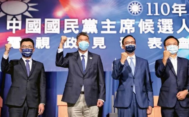 国民党议员:深蓝改挺张亚中,反映对朱立伦江启臣的两岸路线不满